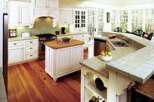 Craftsman Interior - Kitchen Plan #929-754