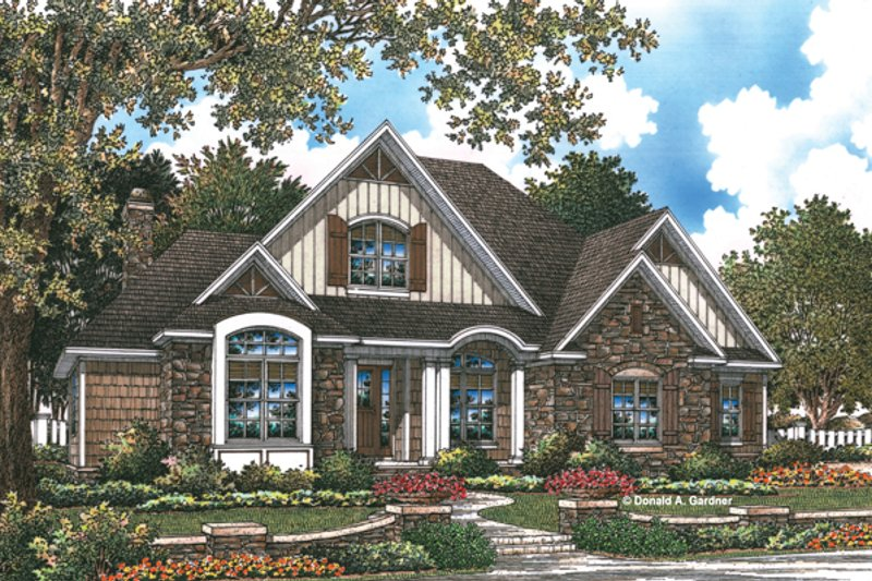 Craftsman Style House Plan - 3 Beds 2.5 Baths 2233 Sq/Ft Plan #929-948 Exterior - Front Elevation