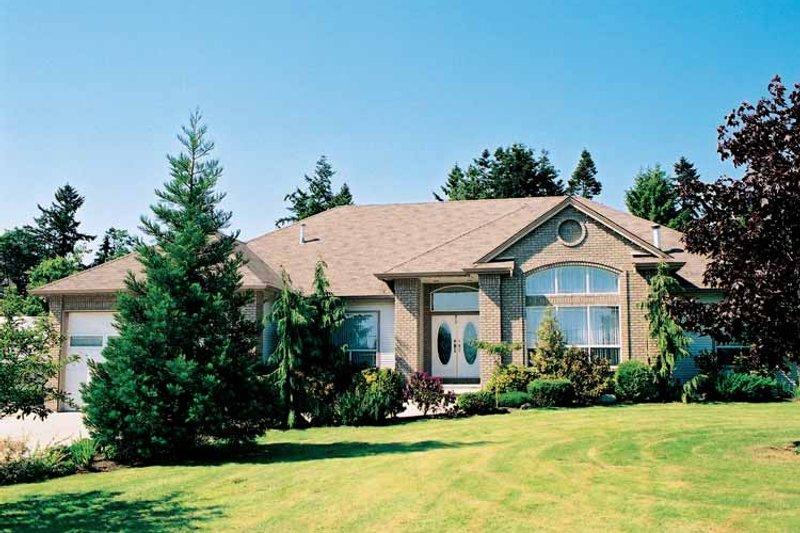 Ranch Exterior - Front Elevation Plan #47-848 - Houseplans.com