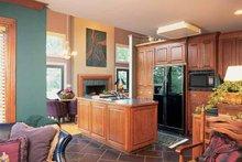 Contemporary Interior - Kitchen Plan #72-636
