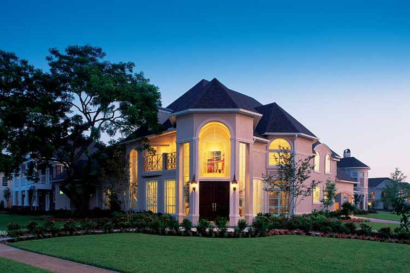 Home Plan - Classical Exterior - Front Elevation Plan #1021-4