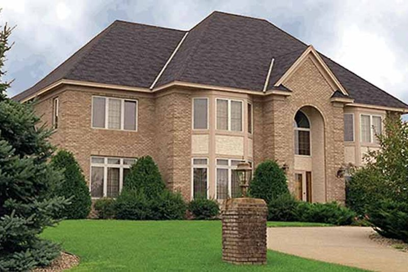 Traditional Exterior - Front Elevation Plan #51-782 - Houseplans.com