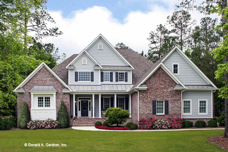 House Plan Design - Traditional Exterior - Front Elevation Plan #929-811