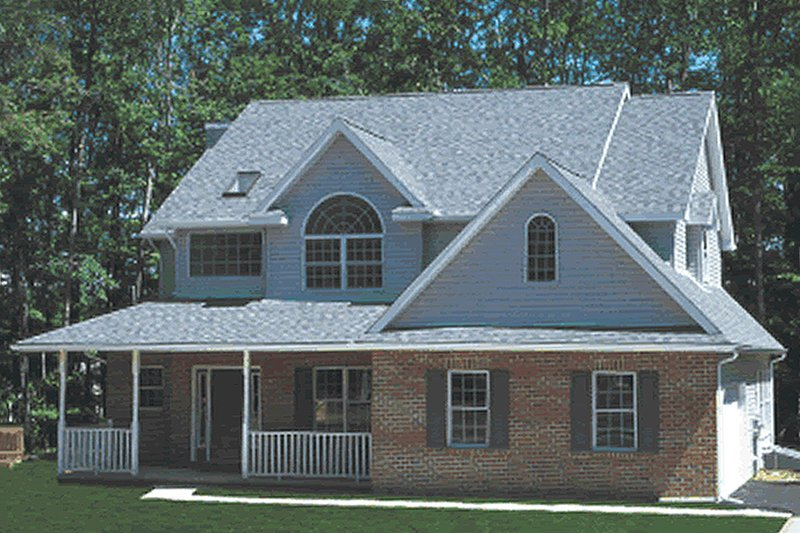 Farmhouse Style House Plan - 4 Beds 2.5 Baths 2364 Sq/Ft Plan #20-2025 Exterior - Front Elevation