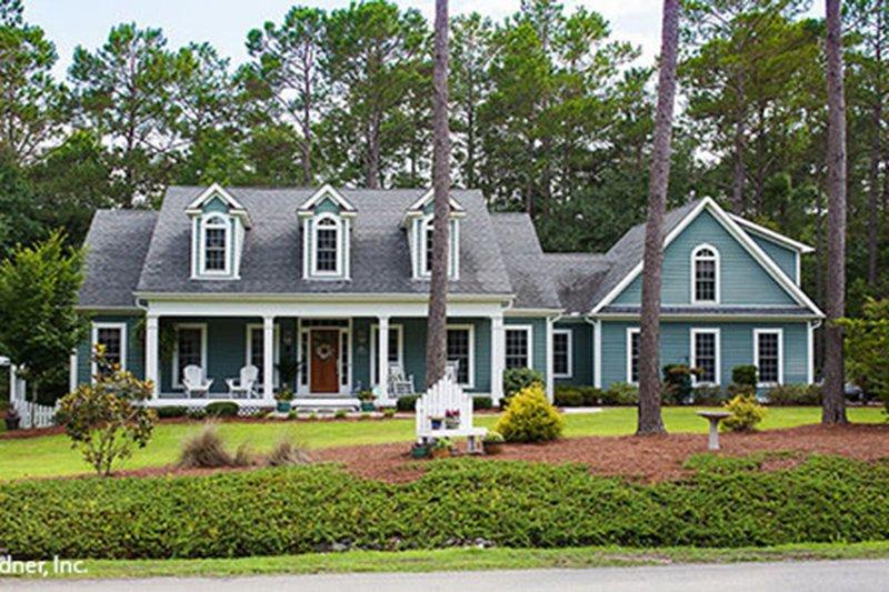 Dream House Plan - Country Photo Plan #929-180