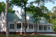 Farmhouse Photo Plan #137-190