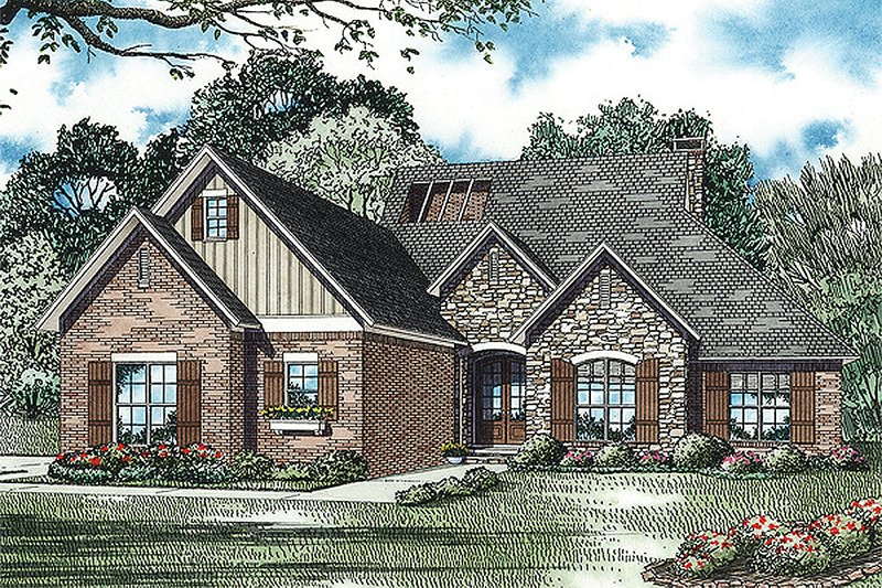 European Style House Plan - 4 Beds 3.5 Baths 2611 Sq/Ft Plan #17-2428 Exterior - Front Elevation
