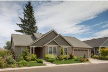 Craftsman Exterior - Front Elevation Plan #48-104