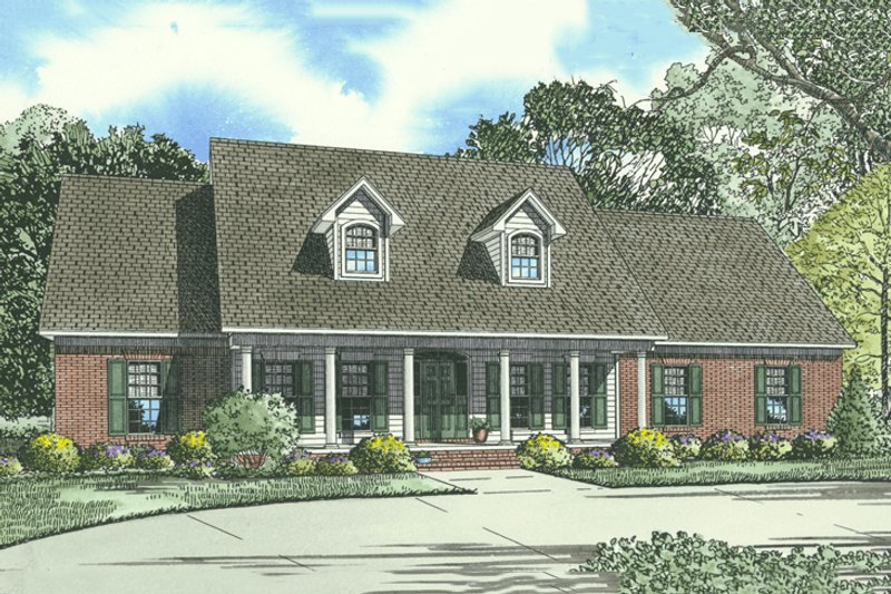 Traditional Style House Plan - 4 Beds 3 Baths 2493 Sq/Ft Plan #17-1176 Exterior - Front Elevation