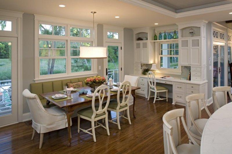 Traditional Interior - Family Room Plan #56-604 - Houseplans.com