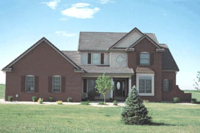 Traditional Style House Plan - 4 Beds 2.5 Baths 2613 Sq/Ft Plan #20-220 Exterior - Front Elevation