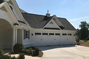 Traditional Style House Plan - 4 Beds 3.5 Baths 3026 Sq/Ft Plan #437-83 Exterior - Front Elevation