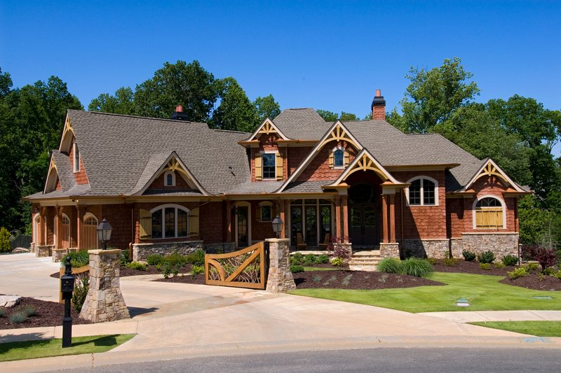 Craftsman Style House Plan - 6 Beds 5.5 Baths 5130 Sq/Ft Plan #54-411 Exterior - Front Elevation