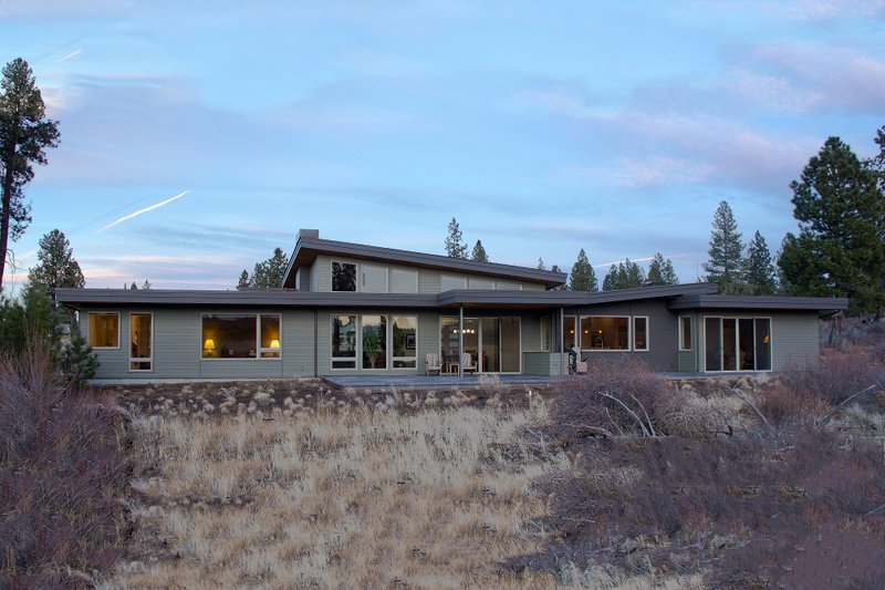 Contemporary Exterior - Rear Elevation Plan #892-9 - Houseplans.com