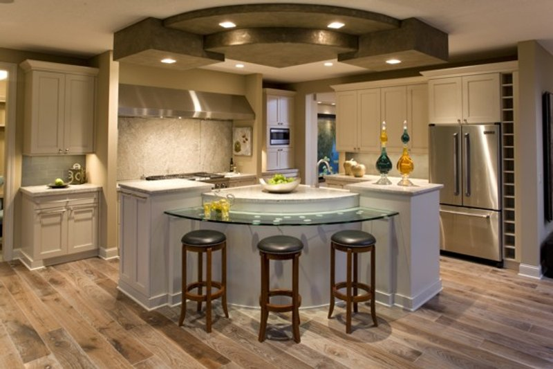 Traditional Interior - Kitchen Plan #56-605 - Houseplans.com