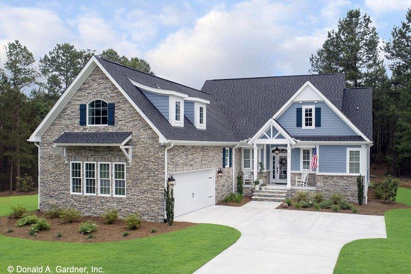 Home Plan - Craftsman Exterior - Front Elevation Plan #929-609