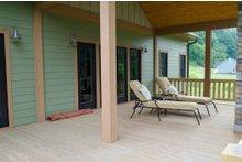 Craftsman Exterior - Outdoor Living Plan #932-10