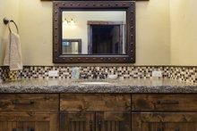Craftsman Interior - Master Bathroom Plan #892-27