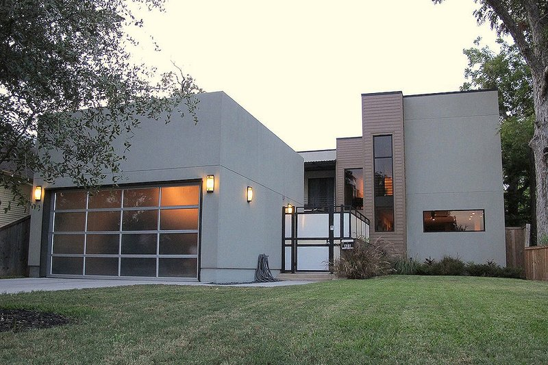 Front View - 2600 square foot Modern home
