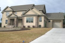 Contemporary Exterior - Front Elevation Plan #1054-32