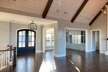 Craftsman Interior - Entry Plan #437-96