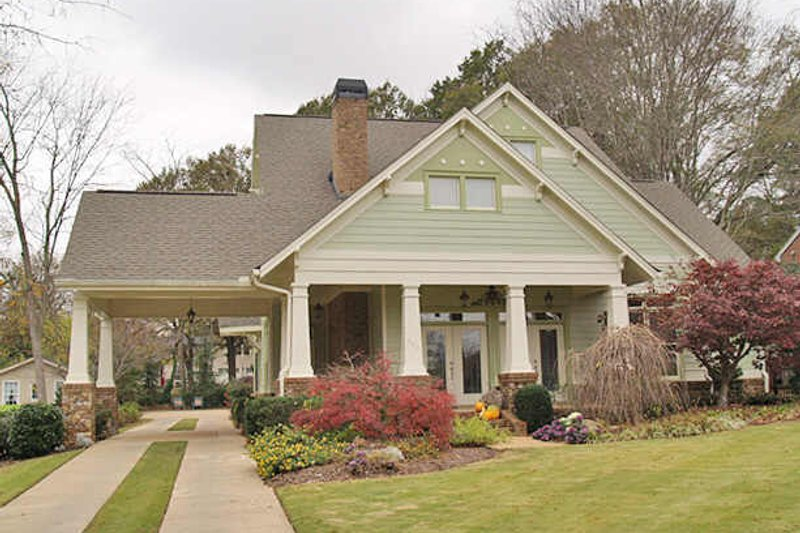 House Plan Design - 1600 square foot craftsman home with large front porch and outdoor living and entertaining spaces.