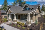 Craftsman Style House Plan - 3 Beds 2 Baths 1715 Sq/Ft Plan #895-58