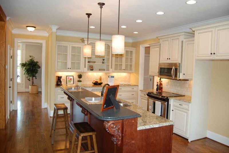 Traditional Interior - Kitchen Plan #927-26 - Houseplans.com