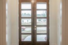 House Design - Farmhouse Interior - Entry Plan #430-240