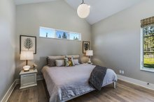 House Plan Design - Contemporary Interior - Bedroom Plan #892-21