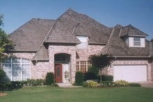 Dream House Plan - Traditional Exterior - Front Elevation Plan #52-132