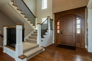 Craftsman Style House Plan - 5 Beds 4.5 Baths 4206 Sq/Ft Plan #70-1471 Interior - Entry
