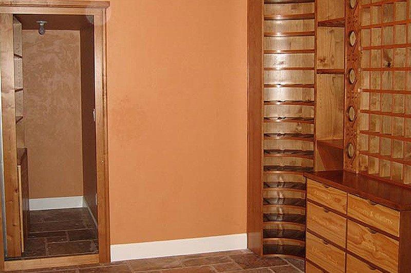 Craftsman Photo Plan #124-622 - Houseplans.com