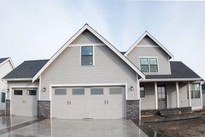 House Blueprint - Craftsman Exterior - Front Elevation Plan #1070-35