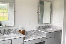 Farmhouse Interior - Master Bathroom Plan #430-160