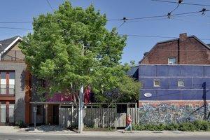 Modern Exterior - Front Elevation Plan #905-2
