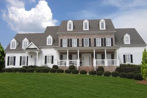 Farmhouse Exterior - Front Elevation Plan #54-380