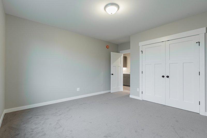 House Plan Design - Craftsman Photo Plan #1070-99