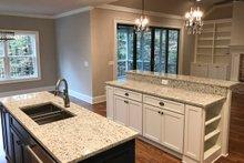 Craftsman Interior - Kitchen Plan #437-87