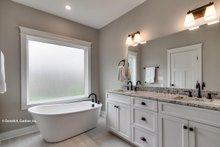 Craftsman Interior - Master Bathroom Plan #929-869