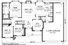 Traditional Floor Plan - Main Floor Plan Plan #70-1083