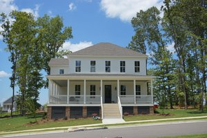 Traditional Exterior - Front Elevation Plan #69-404