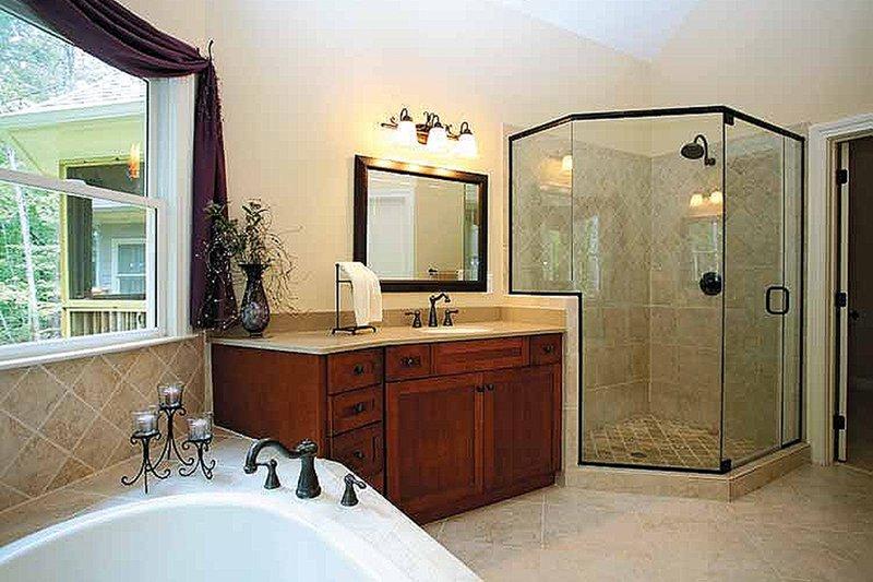 Traditional Interior - Master Bathroom Plan #56-541 - Houseplans.com