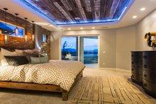 Modern Interior - Master Bedroom Plan #920-18