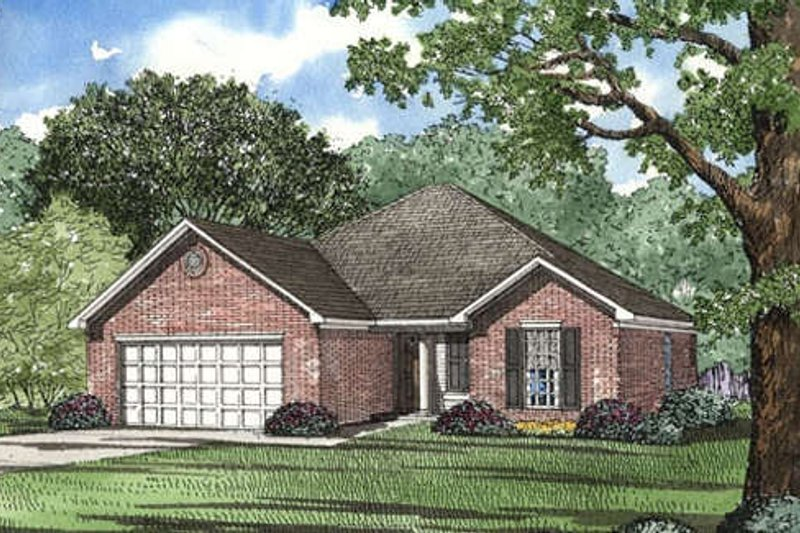 Traditional Style House Plan - 3 Beds 2 Baths 1382 Sq/Ft Plan #17-1044