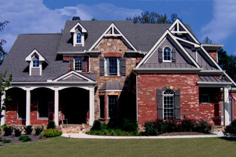 European Style House Plan - 5 Beds 5.5 Baths 3450 Sq/Ft Plan #54-142 Exterior - Front Elevation