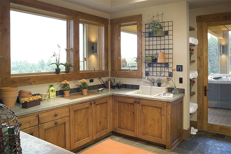 Laundry Room - 5100 Square foot Craftsman home