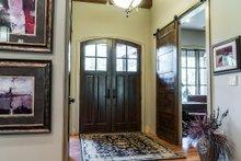 House Design - Craftsman Interior - Entry Plan #17-3391