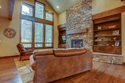 Craftsman Style House Plan - 3 Beds 3.5 Baths 2554 Sq/Ft Plan #892-29 Interior - Family Room