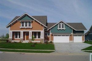 Craftsman Exterior - Front Elevation Plan #458-10